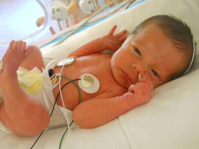 breastfed baby in the nicu